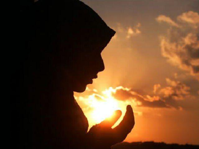 http://3.bp.blogspot.com/-YB_dY2shwBk/VZYpPm0tbDI/AAAAAAAAAW0/Z6NU5HH-WKE/s1600/Berdoa%2Be.jpg