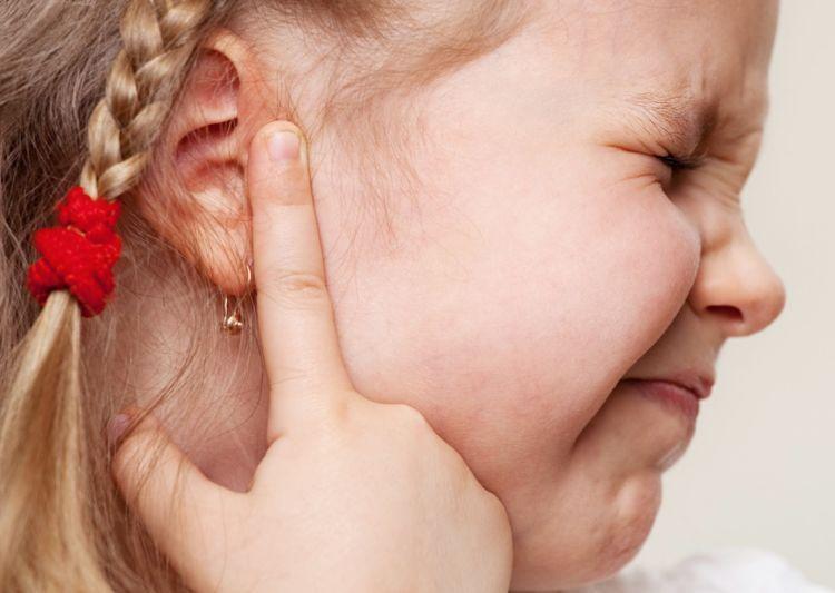 infeksi telinga