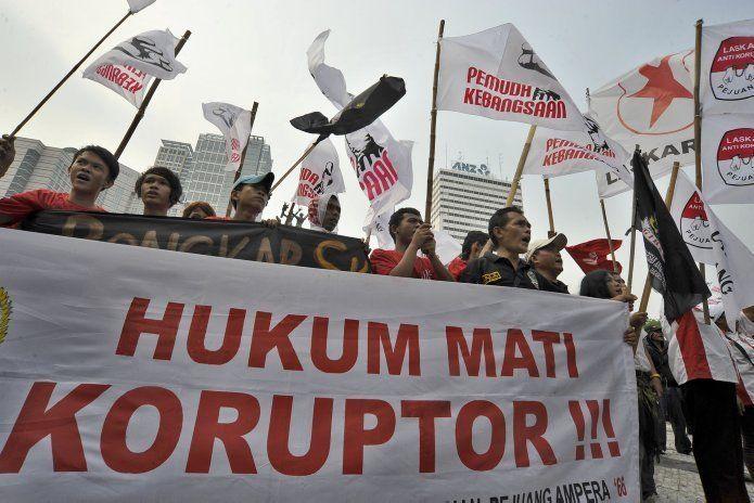 Meski banyak yang ditangkap, tapi koruptor nggak pada jera