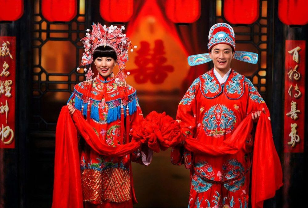 Ilustrasi pernikahan Cina.