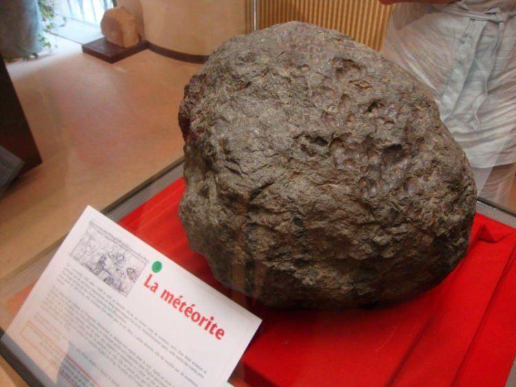 Meteorite tertua yang pernah ditemukan