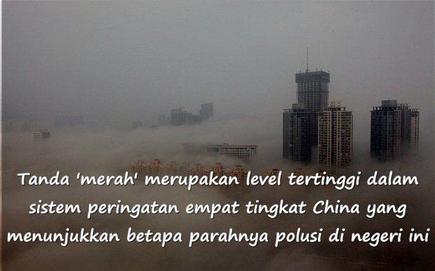 Dalam sejarah polusi udara di China, peringatan merah pertama didapat pada Desember lalu