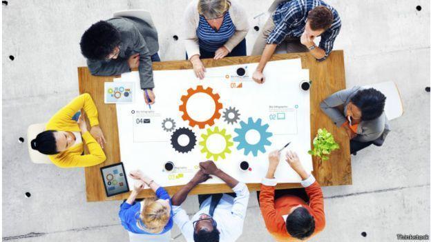Organisasi akan membantu proses terbentuknya soft skill
