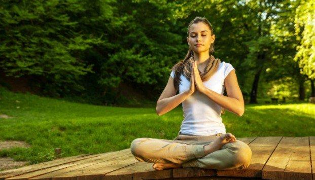 cari suasana yang mendukung sebagai cara meditasi