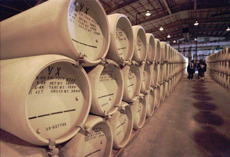 Penyimpanan zat VX di Newport Chemical Depot, Indiana AS pada tahun 1997