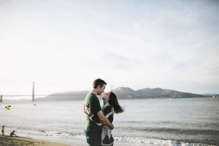 menikah tak seharusnya buru-buru