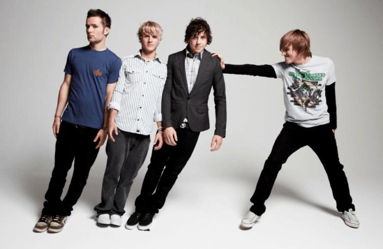 Mungkin McFly bakal jadi grup band pertama yang konser di luar angkasa