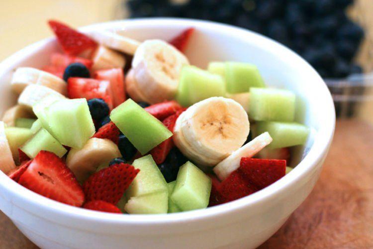 Sarapan buah!