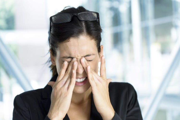 sakit kepala sinus