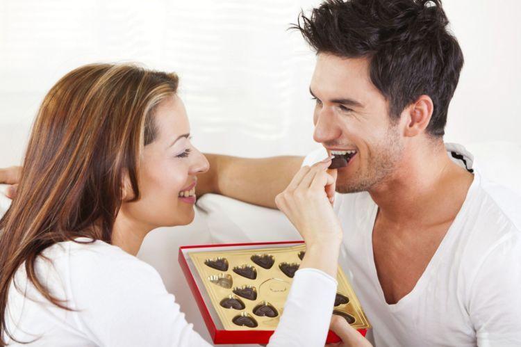 cokelat penghangat hubungan