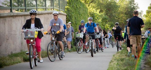Sehat dan gaya dengan bersepeda