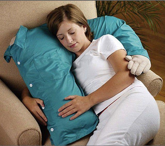 berasa tidur di dadamu...