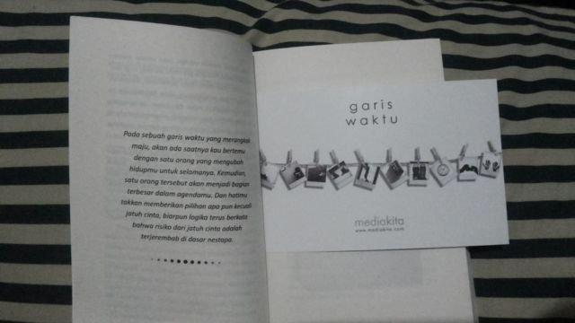 Novel Garis Waktu