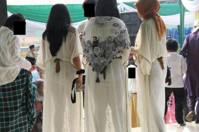 Pakaian Menerawang