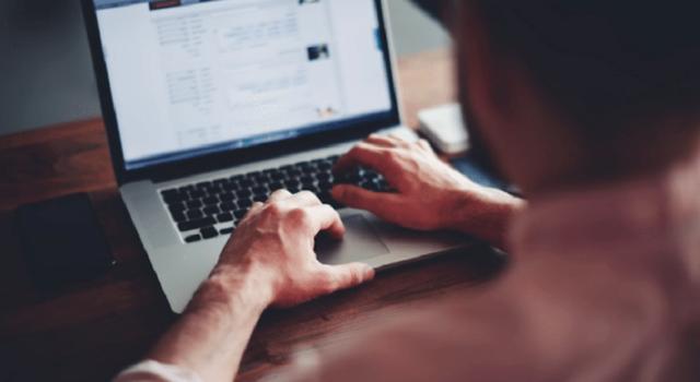 Melamar Kerja Secara Online