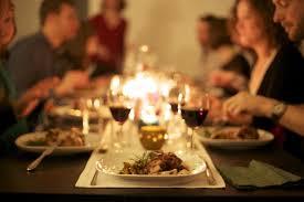 Makan malam bersama keluarga
