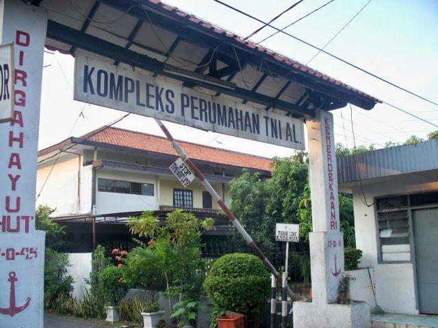 portal pengaman komplek TNI