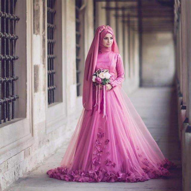Kamu Berhijab Dan Mau Menikah A La Internasional Intip 14 Gaun