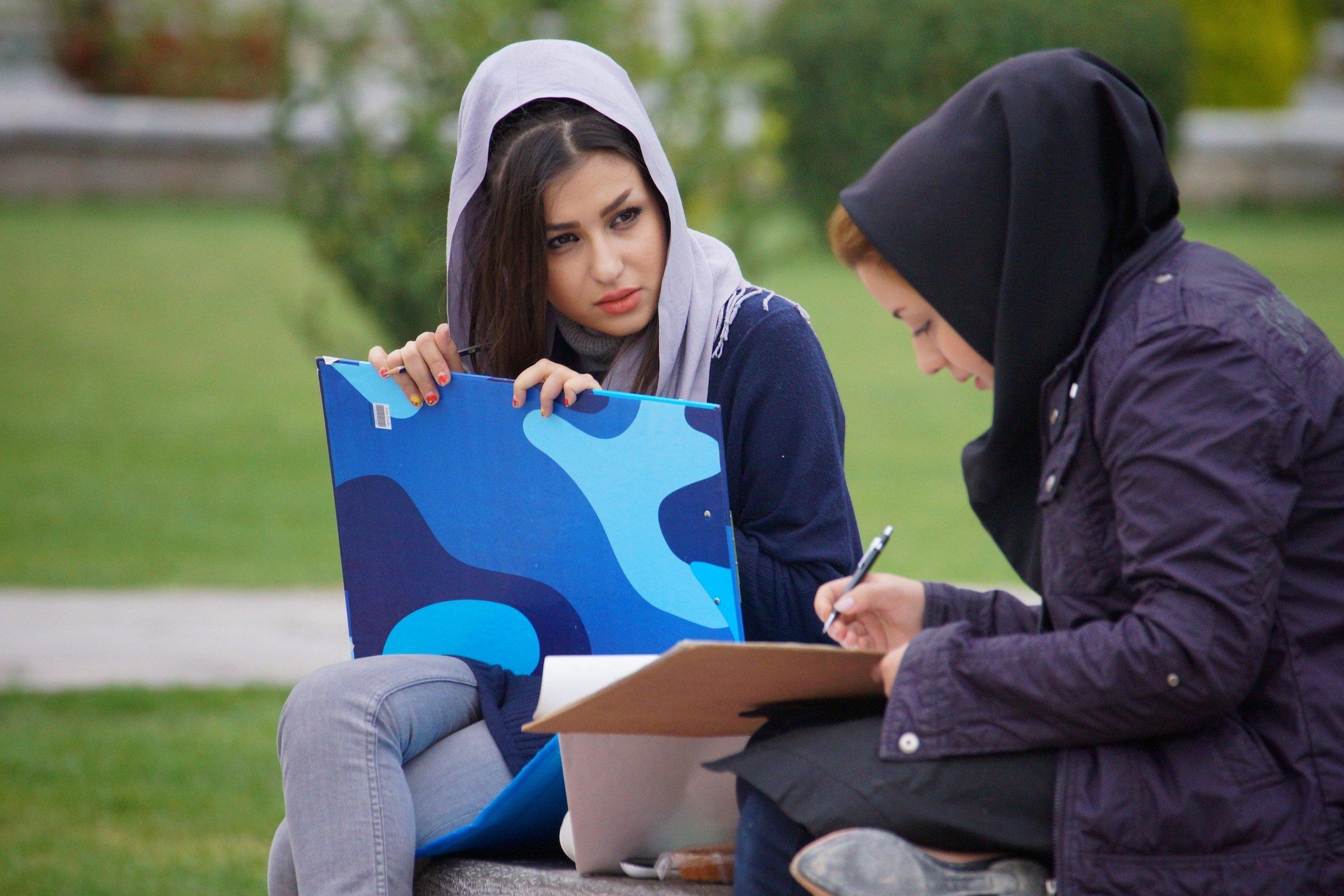 Asli, Budaya Nikah di Iran Ini Bisa Bikin Cowok Mupeng  Seandainya