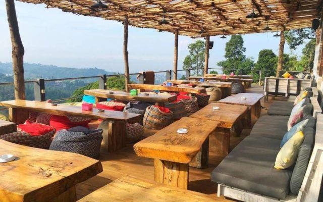 6 tempat nongkrong murah enak dan nyaman untuk kaum muda di rh hipwee com