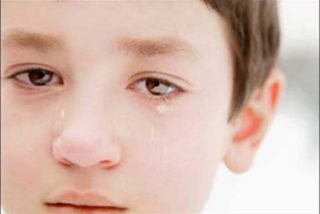 Jangan menangis, tuhan sayang kita