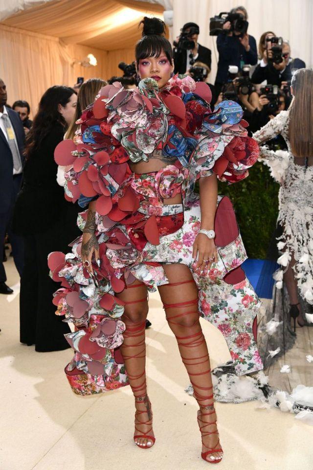 Download 670 Koleksi Gambar Fashion Unik Paling Bagus