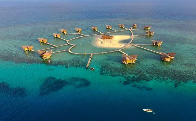 Gak perlu jauh-jauh ke Maldives, disini juga ada.