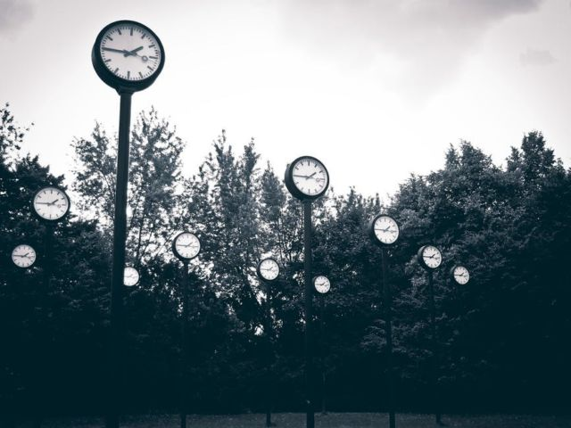 art-city-clock-clock-face