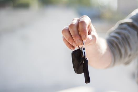 car-driving-keys-repair