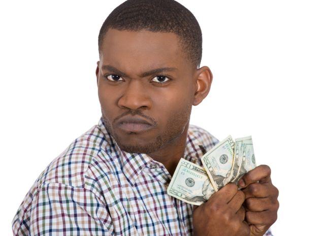 Pakai Uang mu aja, kenapa harus uang ku ?!