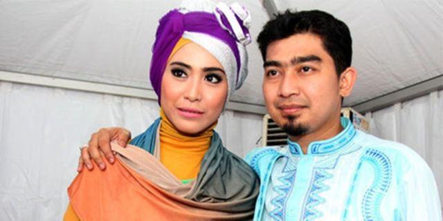 April Jasmine dan Ustaz Solmed