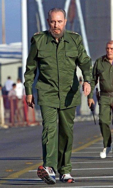 Castro Bekerja