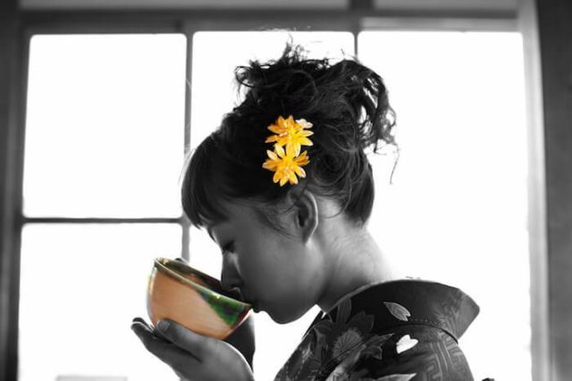 Budaya minum teh yang sebagai ciri kas Jepang