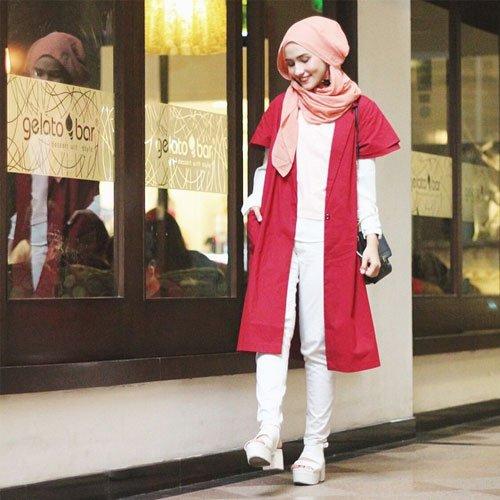 Outer merah putih
