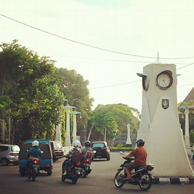 Jam Pasar Gedhe