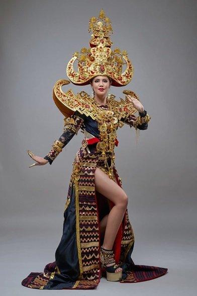 Kostum Ariska yang menjadi The Best National Costume