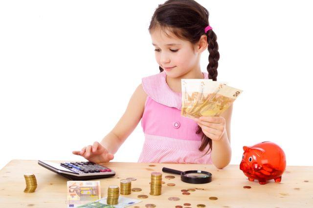 menabung untuk kebaikan diri anak