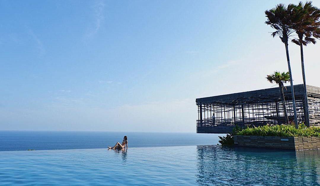 8 Villa Romantis Tepi Laut Di Bali Yang Cocok Untuk Dinikmati Bersama Pasangan Halal