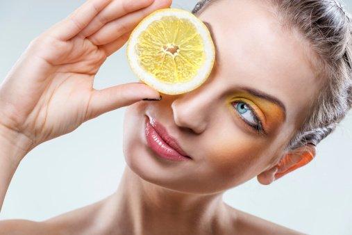 Manjakan kullitmu dengan vitamin C