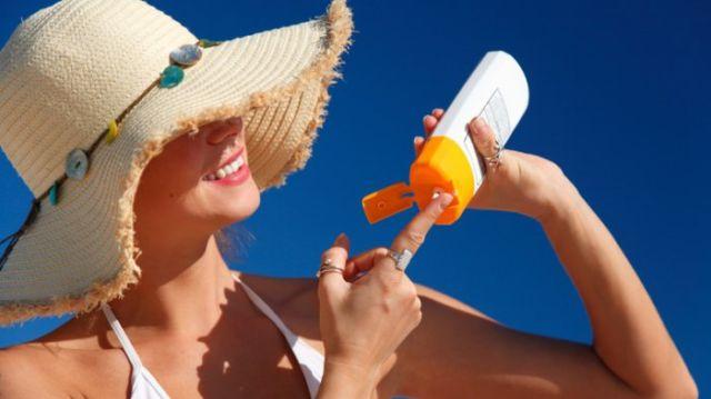 perawatan kulit saat travel