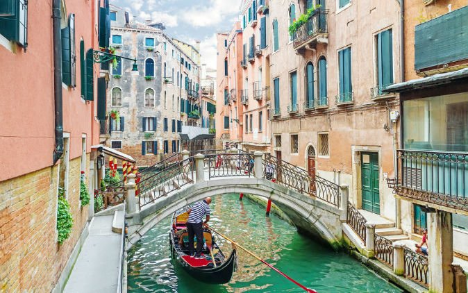 Little Venice Di Kota Bunga Cipanas Destinasi Hits Yang