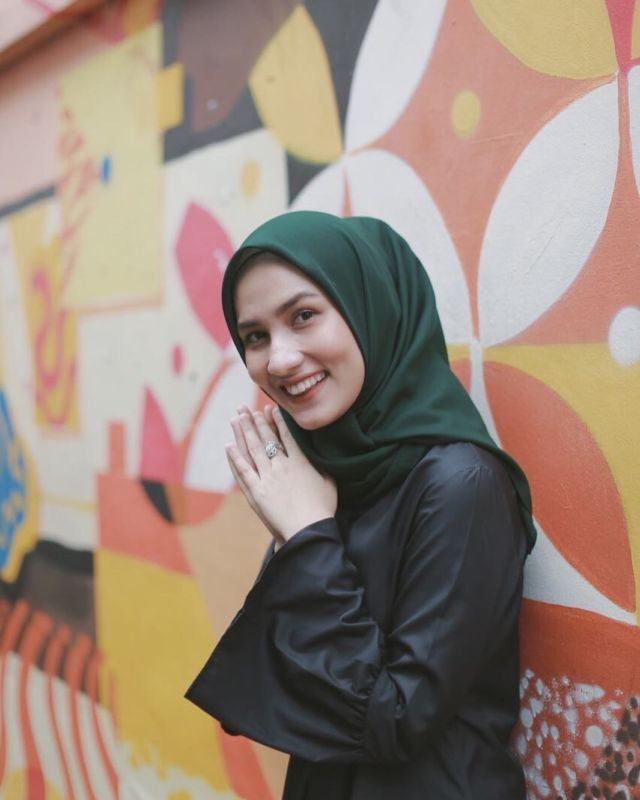 Hijab Bahan Voal Polos 5