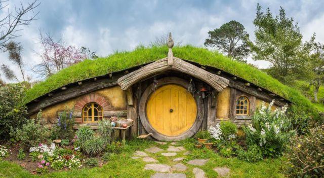 Rumah Hobbit di Farm House Susu