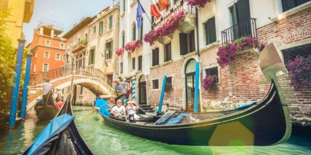 Little Venice Di Kota Bunga Cipanas Destinasi Hits Yang Keren Abis