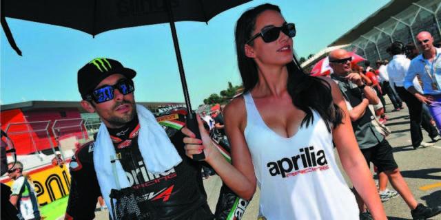 hipwee Pippa Morson 640x320 - Umbrella Girl Cantik Pacari Para Pembalap MotoGP