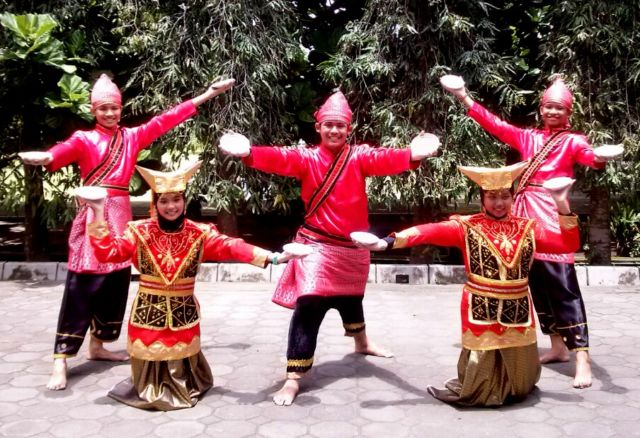 5 Tari Tradisional Khas Sumatera Barat Bukti Kekayaan Budaya Indonesia