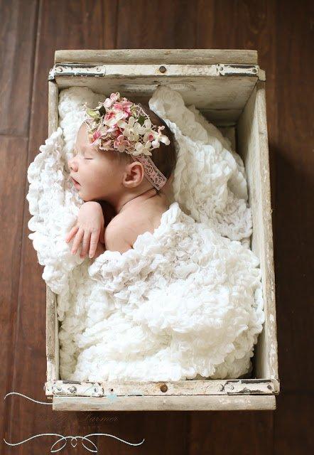 15 Inspirasi Foto Bayi Baru Lahir Yang Super Kece Temanya Bisa Kamu Sontek Nih