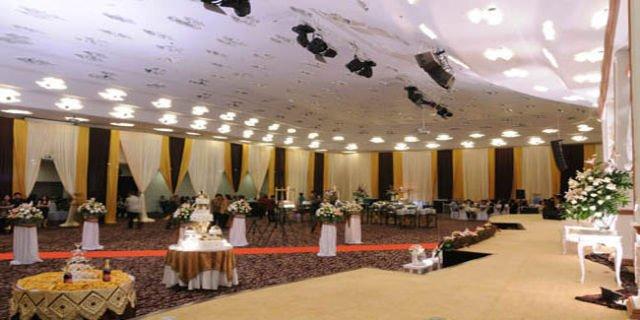 Sewa paket gedung pernikahan yang low budget