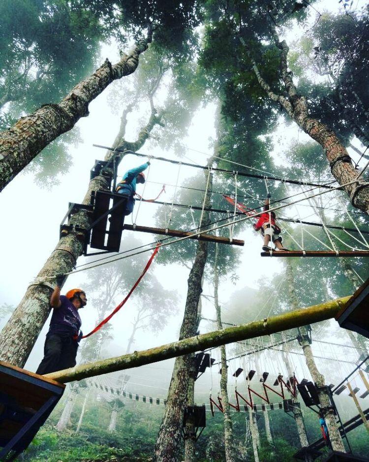 wisata flying fox jogja Tebing Gunung Gajah Destinasi Yang Lagi Hits Di Kulonprogo