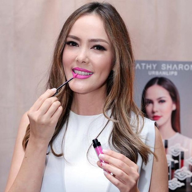 lipstik cathy sharon jetis